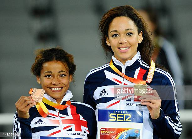 Jazmin Sawyer and Katarina JohnsonThompson of Great Britain pose during the medal ceremony of the Women's Long Jump Final on the day four of the 14th...