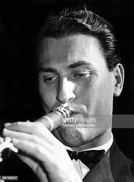 Jazz clarinetist and bandleader Artie Shaw performs live circa 1940 in New York City New York
