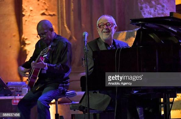 Fourplay - Full Concert - 08/12/00 - Newport Jazz Festival ...