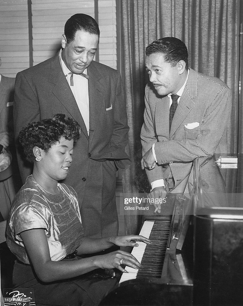 Jazz musicians Sarah Vaughan, Duke Ellington and Billy Eckstine at the piano, USA, 1950.