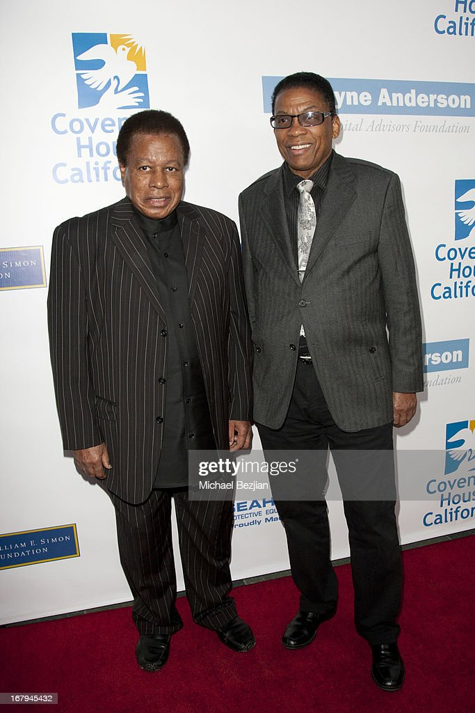Jazz musicians <a gi-track='captionPersonalityLinkClicked' href=/galleries/search?phrase=Wayne+Shorter&family=editorial&specificpeople=1065564 ng-click='$event.stopPropagation()'>Wayne Shorter</a> and <a gi-track='captionPersonalityLinkClicked' href=/galleries/search?phrase=Herbie+Hancock&family=editorial&specificpeople=214131 ng-click='$event.stopPropagation()'>Herbie Hancock</a> arrive at the Covenant House California 2013 Gala And Awards Dinner at Skirball Cultural Center on May 2, 2013 in Los Angeles, California.