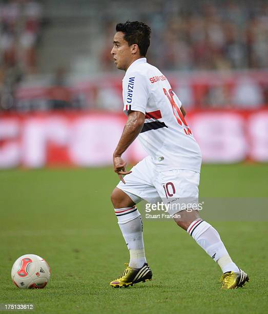 MUNICH GERMANY JULY Jádson of Sao Paulo in action during the Audi cup match between FC Bayern Muenchen and FC Sao Paulo at Allianz Arena on July 31...
