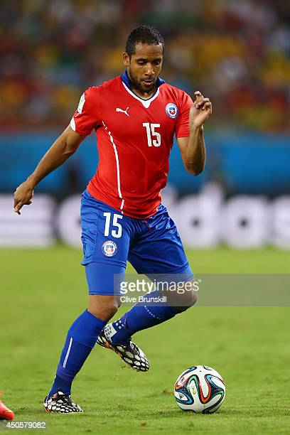 Jean Beausejour of Chile controls the ball during the 2014 FIFA World Cup Brazil Group B match between Chile and Australia at Arena Pantanal on June...