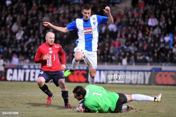 Jean CALVE / Jody VIVIANI / Florent BALMONT Lille / Grenoble Ligue 1 28eme journee Stadium Nord Villeneuve D'ascq Photo Dave Winter / Icon Sport