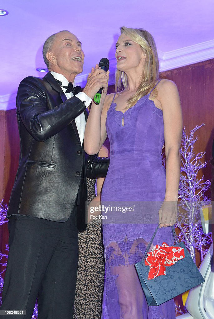 Jean Claude Jitrois and Sarah Marshall attend the The Bests Awards 2012 Ceremony at the Salons Hoche on December 11, 2012 in Paris, France.