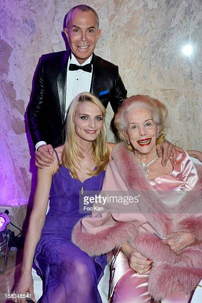 Jean Claude Jitrois Sarah Marshall and Nancy Chopard attend the The Bests Awards 2012 Ceremony at the Salons Hoche on December 11 2012 in Paris France
