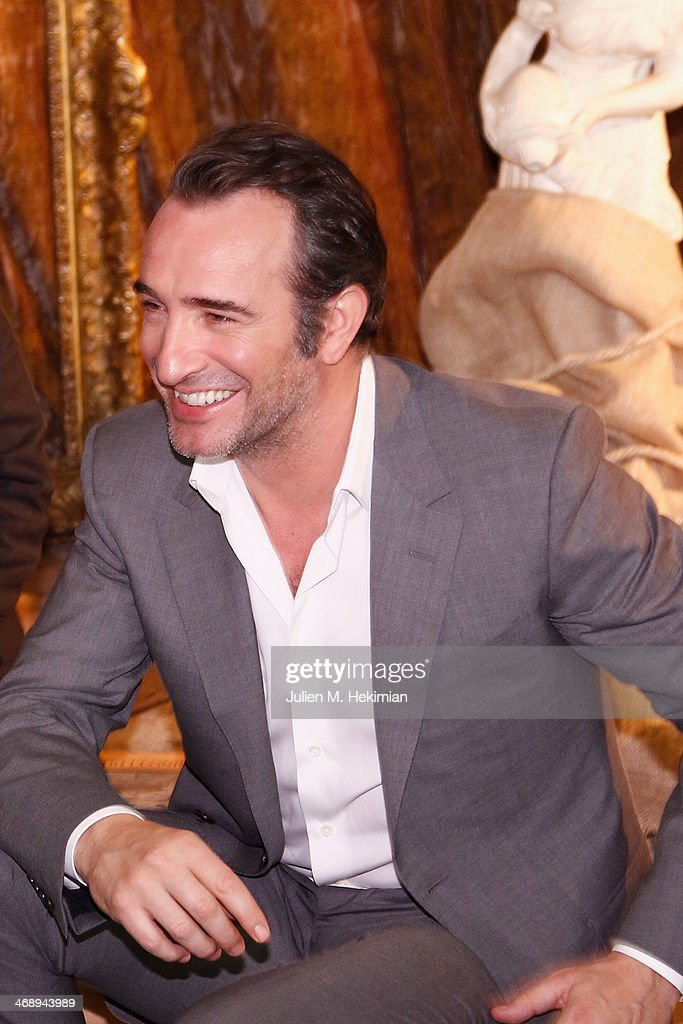 Photocall at hotel le bristol in paris getty images for Jean dujardin parents