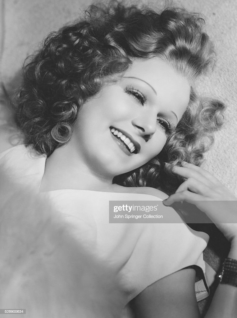 <a gi-track='captionPersonalityLinkClicked' href=/galleries/search?phrase=Jean+Harlow&family=editorial&specificpeople=70012 ng-click='$event.stopPropagation()'>Jean Harlow</a> has dyed her hair brown for her new co-starring role with Spencer Tracy in Riffraff (1936).