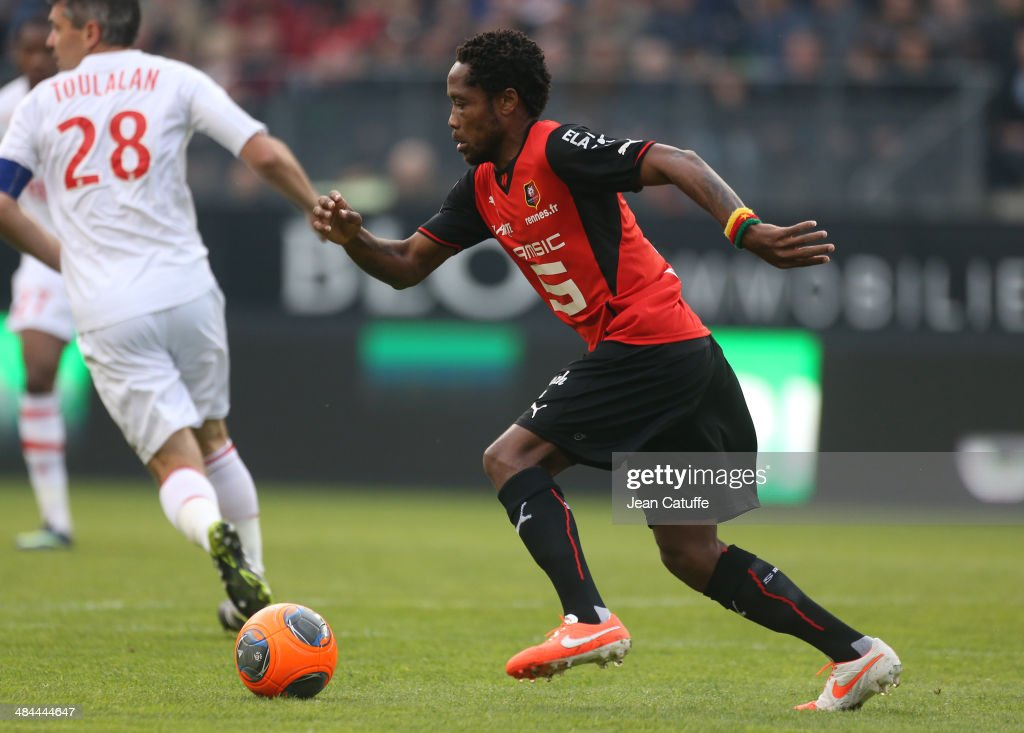 Jean II Makoun of Rennes in action during the french Ligue 1 match between Stade Rennais FC and AS Monaco FC at Stade de la Route de Lorient on April 12, 2014 in Rennes, France.