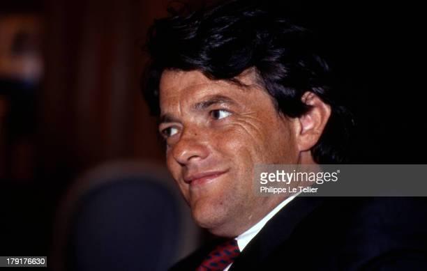 Jean Louis Borloo lawyer during a dinner Paris France 1989Jean Louis Borloo avocat au cours d'un diner Paris France 1989