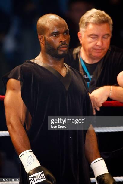 Jean Marc MORMECK Championnat du Monde WBA WBC des lourds legers contre O'Neil BELL Levallois Perret