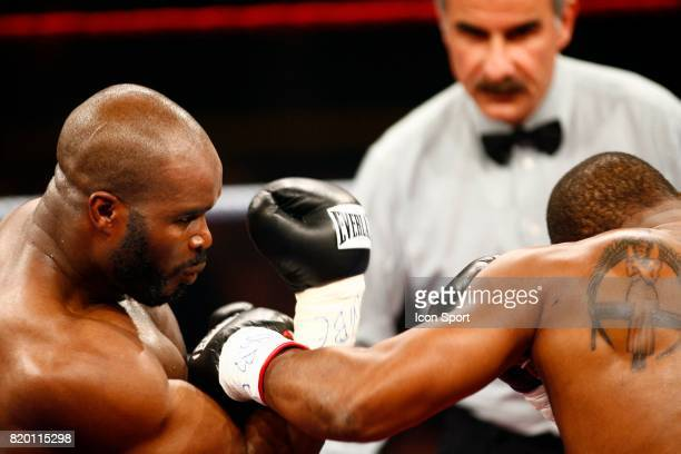 Jean Marc MORMECK / O'Neil BELL Championnat du Monde WBA WBC des lourds legers Levallois Perret