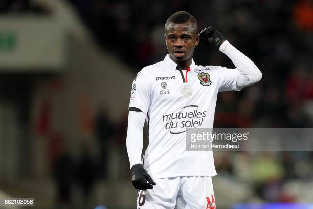 Jean Michael Seri of Nice gestures during the Ligue 1 match between Toulouse and OGC Nice at Stadium Municipal on November 29 2017 in Toulouse