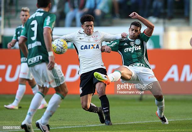 Jean of Palmeiras fights for the ball with Marquinhos Gabriel of Corinthians during the match between Palmeiras and Corinthians for the Brazilian...