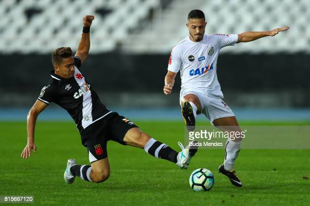 Jean of Vasco da Gama struggles for the ball with Jean Mota of Santos during a match between Vasco da Gama and Santos as part of Brasileirao Series A...