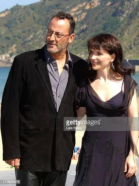 Jean Reno and Juliette Binoche during San Sebastian Film Festival 'Jet Lag' Photocall at San Sebastian Film Festival in San Sebastian Spain