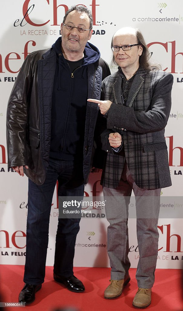 Jean Reno (L) and Santiago Segura attend 'El chef, la receta de la felicidad' ('Comme un chef') premiere photocall at Palafox cinema on November 26, 2012 in Madrid, Spain.