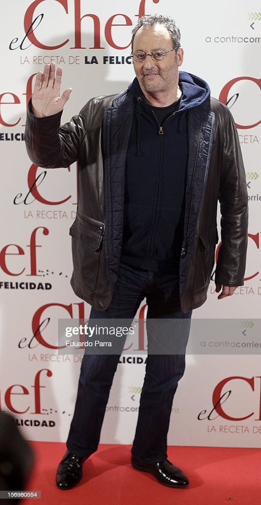 Jean Reno attends 'El chef, la receta de la felicidad' ('Comme un chef') premiere photocall at Palafox cinema on November 26, 2012 in Madrid, Spain.