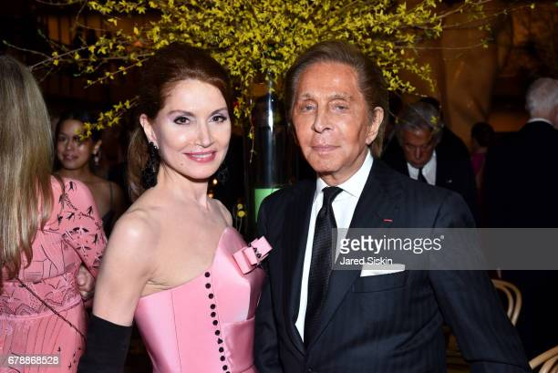 Jean Shafiroff and Valentino Garavani attend the New York City Ballet 2017 Spring Gala at David H Koch Theater Lincoln Center on May 4 2017 in New...