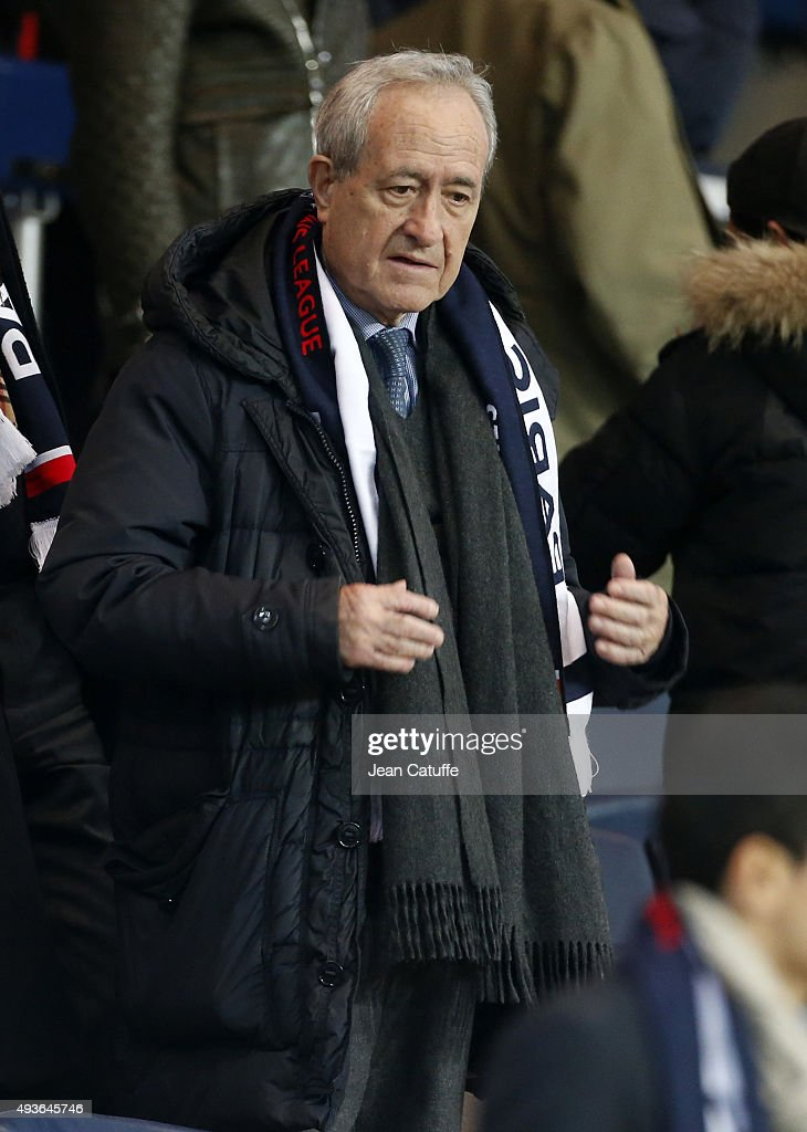 <a gi-track='captionPersonalityLinkClicked' href=/galleries/search?phrase=Jean+Tiberi&family=editorial&specificpeople=2365255 ng-click='$event.stopPropagation()'>Jean Tiberi</a> attends the UEFA Champions League match between Paris Saint-Germain (PSG) and Real Madrid at Parc des Princes stadium on October 21, 2015 in Paris, France.