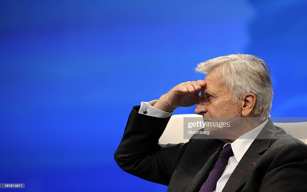 <a gi-track='captionPersonalityLinkClicked' href=/galleries/search?phrase=Jean-Claude+Trichet&family=editorial&specificpeople=208778 ng-click='$event.stopPropagation()'>Jean-Claude Trichet</a>, former president of the European Central Bank (ECB), gestures during the SkyBridge Alternatives (SALT) Asia conference in Singapore, on Thursday, Sept. 26, 2013. The SALT Asia conference, organised by SkyBridge Capital II LLC, runs until Sept. 27. Photographer: Munshi Ahmed/Bloomberg via Getty Images