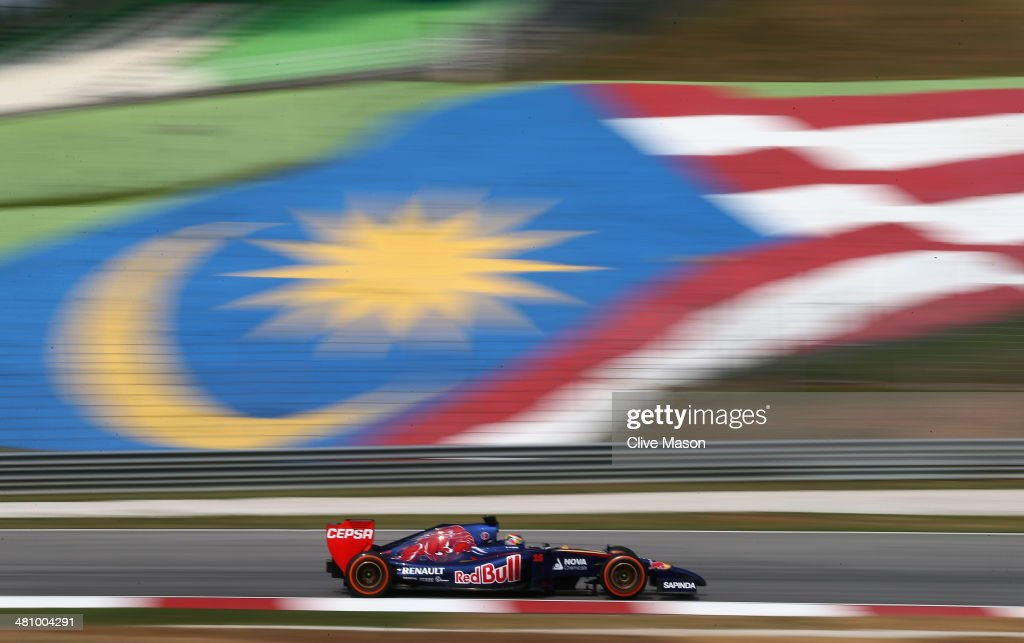 Jean-Eric Vergne of France and Scuderia Toro Rosso during practice for the Malaysia Formula One Grand Prix at the Sepang Circuit on March 28, 2014 in Kuala Lumpur, Malaysia.