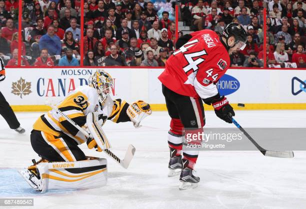 JeanGabriel Pageau of the Ottawa Senators screens a shot in front of Matt Murray of the Pittsburgh Penguins in Game Six of the Eastern Conference...