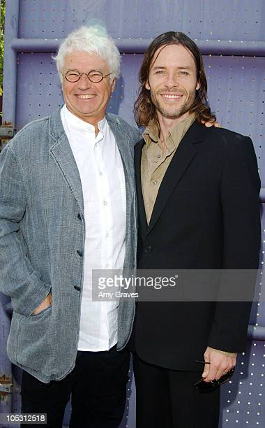 JeanJacques Annaud and Guy Pearce during 'Two Brothers' World Premiere Red Carpet at Universal Studios in Universal City California United States
