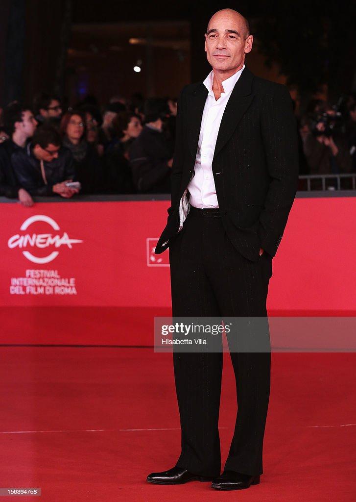 <a gi-track='captionPersonalityLinkClicked' href=/galleries/search?phrase=Jean-Marc+Barr&family=editorial&specificpeople=2442856 ng-click='$event.stopPropagation()'>Jean-Marc Barr</a> attends the 'E La Chiamano Estate' Premiere during the 7th Rome Film Festival at the Auditorium Parco Della Musica on November 14, 2012 in Rome, Italy.