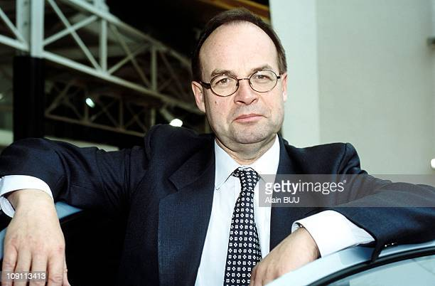 JeanMartin Folz Presents Peugeot Results On February 23Th 2000