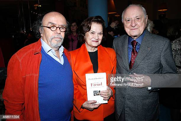 JeanMichel Ribes winner of the Prize Elisabeth Roudinesco for her book 'Sigmund Freud en son temps et dans le notre' and Pierre Berge attend the...