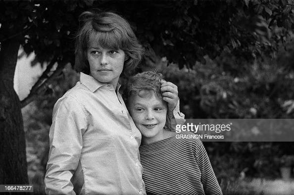 jeanne moreau at home in saint tropez pictures getty images. Black Bedroom Furniture Sets. Home Design Ideas