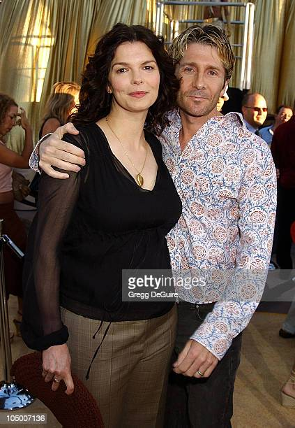 Jeanne Tripplehorn husband Leland Orser during 'Austin Powers In Goldmember' Premiere at Universal Amphitheatre in Universal City California United...