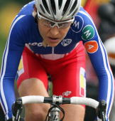 Jeannie LongoCiprelli of France rides in the 2009 UCI Road World Championships Elite Women's Road Race on September 26 2009 in Mendrisio Switzerland