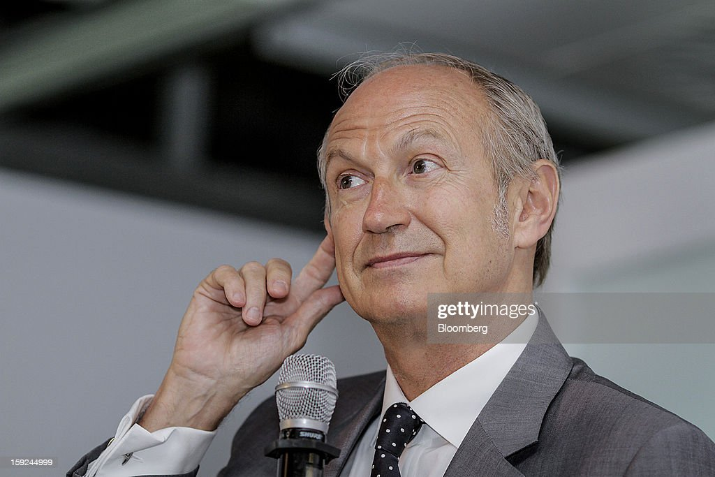 Jean-Paul Agon, chief executive officer of L'Oreal SA, pauses while speaking at a news conference for the opening of the company's first research and innovation center in Mumbai, India, on Thursday, Jan. 10, 2013. L'Oreal SA, the world's largest cosmetics maker, today inaugurated its new Indian R&I center. Photographer: Dhiraj Singh/Bloomberg via Getty Images