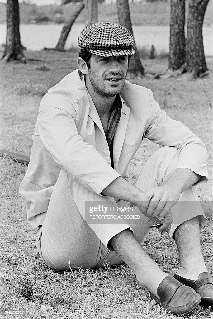 JeanPaul Belmondo On The Set Of The Movie 'Pierrot Le Fou' Directed By JeanLuc Godard in Hyères France in June 1965