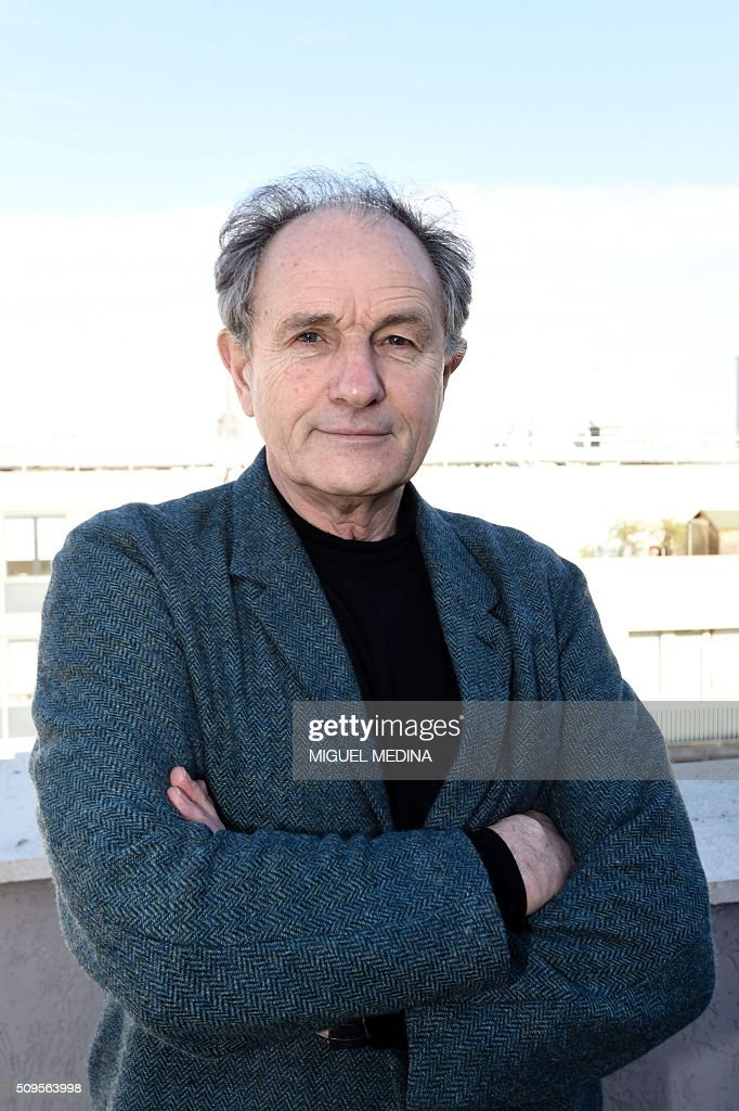 Jean-Paul Hamon , President of the FMF French doctors union poses for a photograph prior to press conference in Paris on February 11, 2016. AFP PHOTO/ MIGUEL MEDINA / AFP / MIGUEL MEDINA
