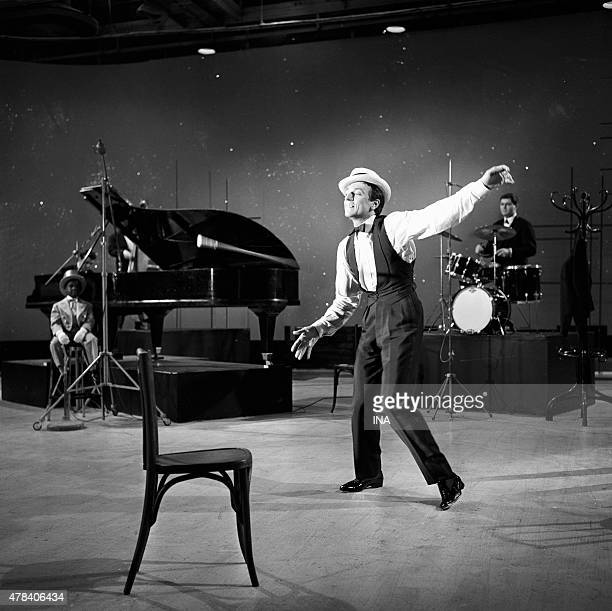 JeanPierre Cassel tap dancer within the framework of the program ''Pip in Cassel'' of Maritie and Gilbert Carpentier accompanied by the trio Solal