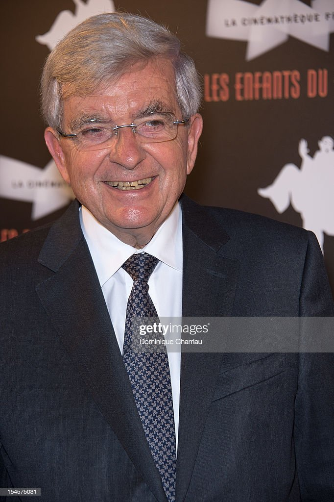 <a gi-track='captionPersonalityLinkClicked' href=/galleries/search?phrase=Jean-Pierre+Chevenement&family=editorial&specificpeople=562541 ng-click='$event.stopPropagation()'>Jean-Pierre Chevenement</a> attends the 'Les Enfants Du Paradis' Exhibition Opening at la cinematheque on October 22, 2012 in Paris, France.