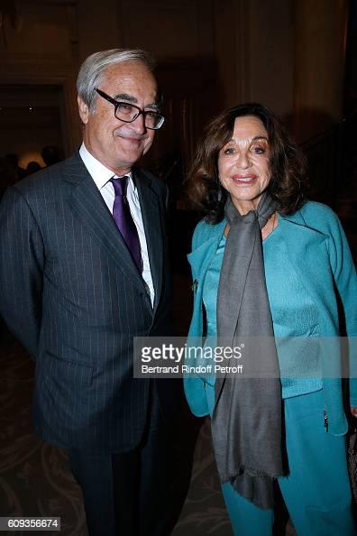 JeanPierre de Beaumarchais and Countess Albina du Boisrouvray attend the 'Cezanne et Moi' movie Premiere to Benefit 'Claude Pompidou Foundation' Held...