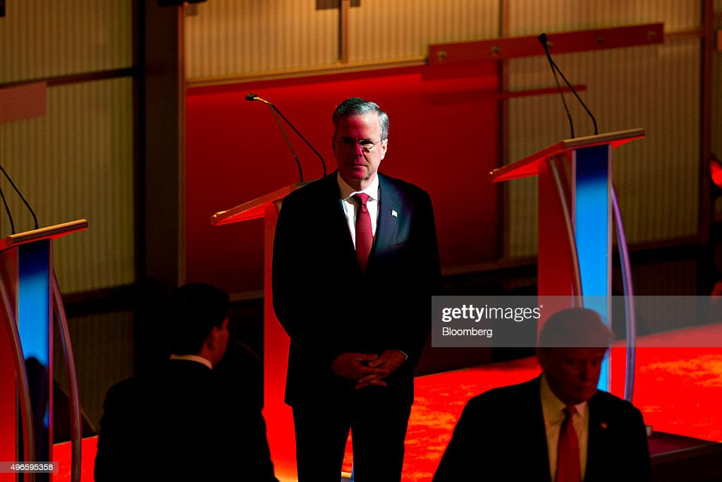Jeb Bush former Governor of Florida and 2016 Republican presidential candidate stands on stage at a commercial break during a presidential candidate...