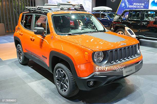 jeep renegade photos et images de collection getty images. Black Bedroom Furniture Sets. Home Design Ideas