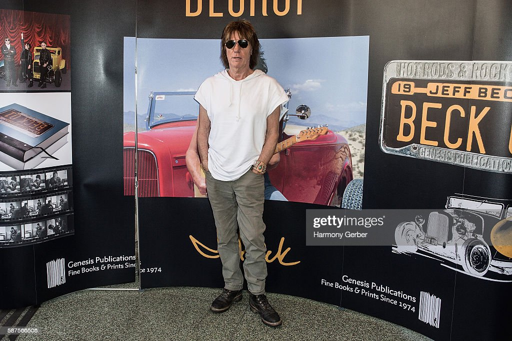 Jeff Beck attends Mel's Drive In on August 8, 2016 in West Hollywood, Californi