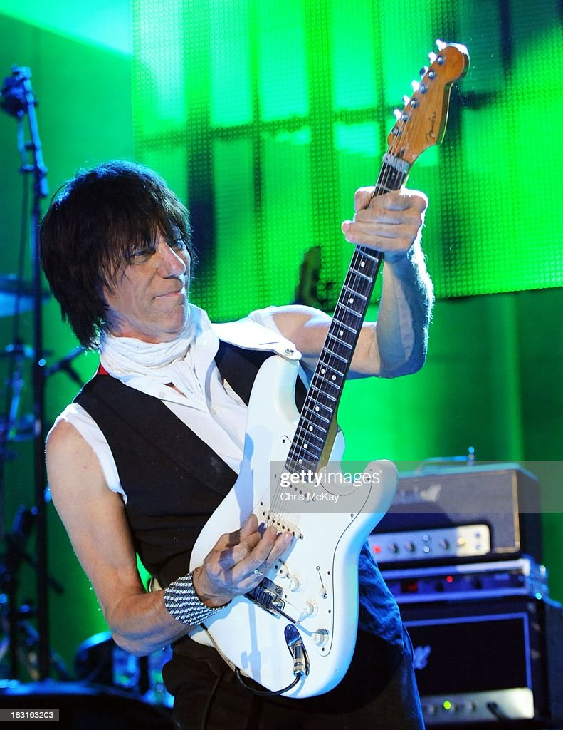 <a gi-track='captionPersonalityLinkClicked' href=/galleries/search?phrase=Jeff+Beck&family=editorial&specificpeople=213341 ng-click='$event.stopPropagation()'>Jeff Beck</a> performs at Chastain Park Amphitheater on October 4, 2013 in Atlanta, Georgia.