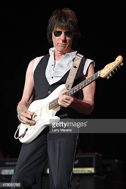 Jeff Beck performs at the Coral Sky Amphitheatre on May 8 2015 in West Palm Beach Florida