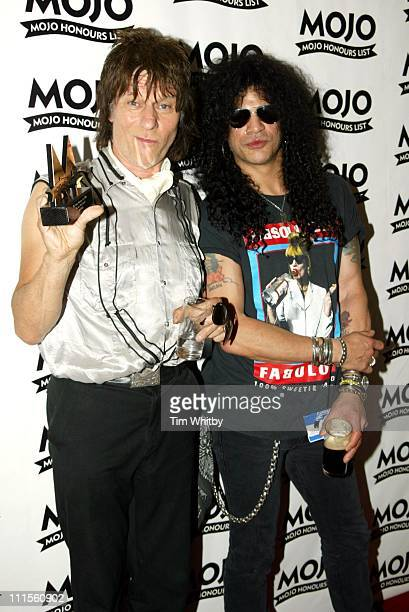 Jeff Beck winner of the MOJO Les Paul Award and Slash