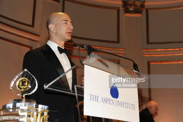 Jeff Bezos attends The Aspen Institute 26th Annual Awards Dinner at The Plaza Hotel on November 5 2009 in New York City