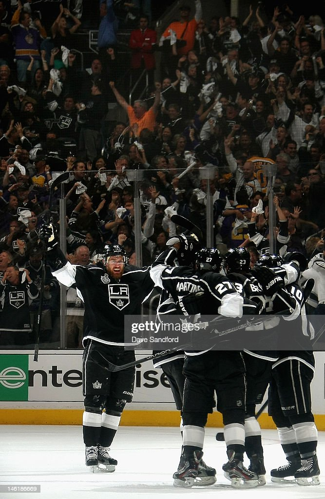 <a gi-track='captionPersonalityLinkClicked' href=/galleries/search?phrase=Jeff+Carter&family=editorial&specificpeople=227320 ng-click='$event.stopPropagation()'>Jeff Carter</a> #77 of the Los Angeles Kings celebrates after scoring on a power play during the first period of Game Six of the 2012 Stanley Cup Final at the Staples Center on June 11, 2012 in Los Angeles, California.