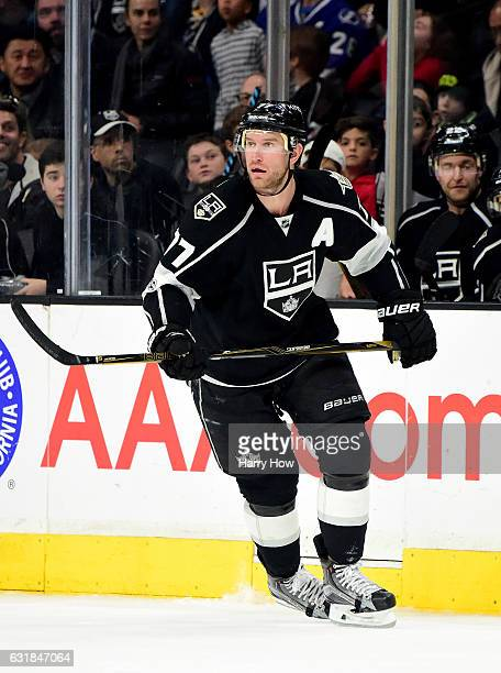 Jeff Carter of the Los Angeles Kings waits for a pass during the game against the Tampa Bay Lightning at Staples Center on January 16 2017 in Los...