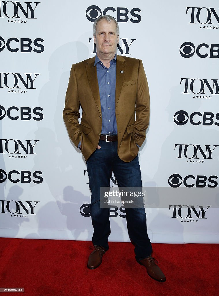 Jeff Daniels attends 2016 Tony Awards Meet The Nominees Press Junket at Diamond Horseshoe at the Paramount Hotel on May 4, 2016 in New York City.